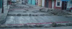 Acciones de bacheo en las calles de Tlaxiaco