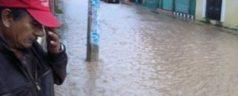 Lluvias provocan caída de puente en la Mixteca