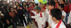 Como campeones y héroes llegan a Oaxaca niños basquetbolistas Triquis