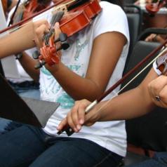 Se hermanan músicos oaxaqueños a través de encuentro de orquestas