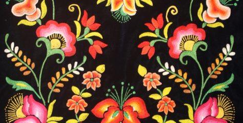 No cesan plagios de bordados, patrones y diseños de etnias de Oaxaca; ahora culpan a Mango